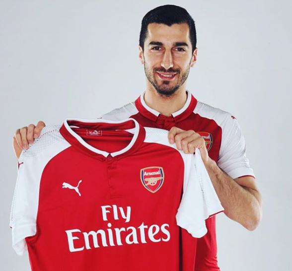 mkhitaryan in arsenal jersey.PNG